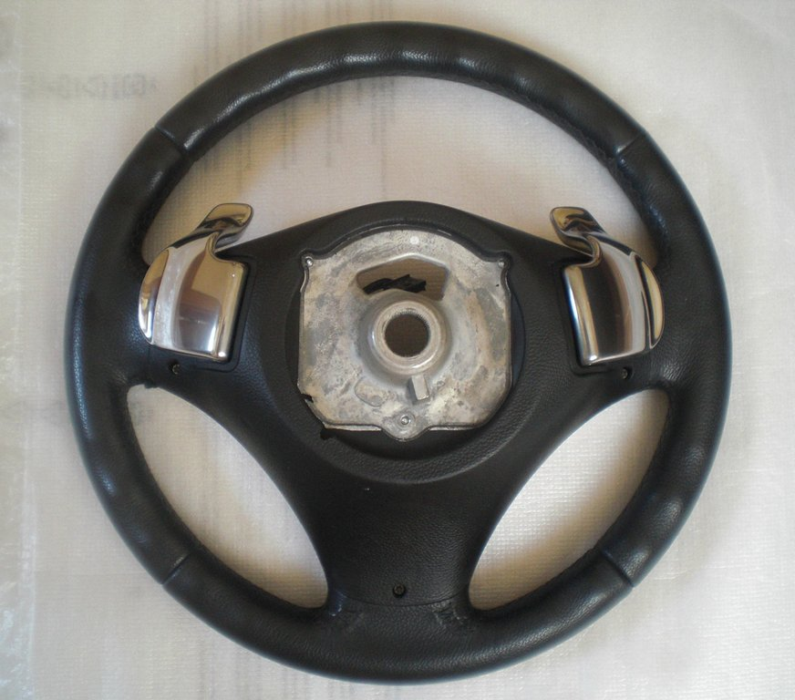 Bmw Z8 Steering Wheel: Sports Leather Steering Wheel With Shift Paddles- BMW E81