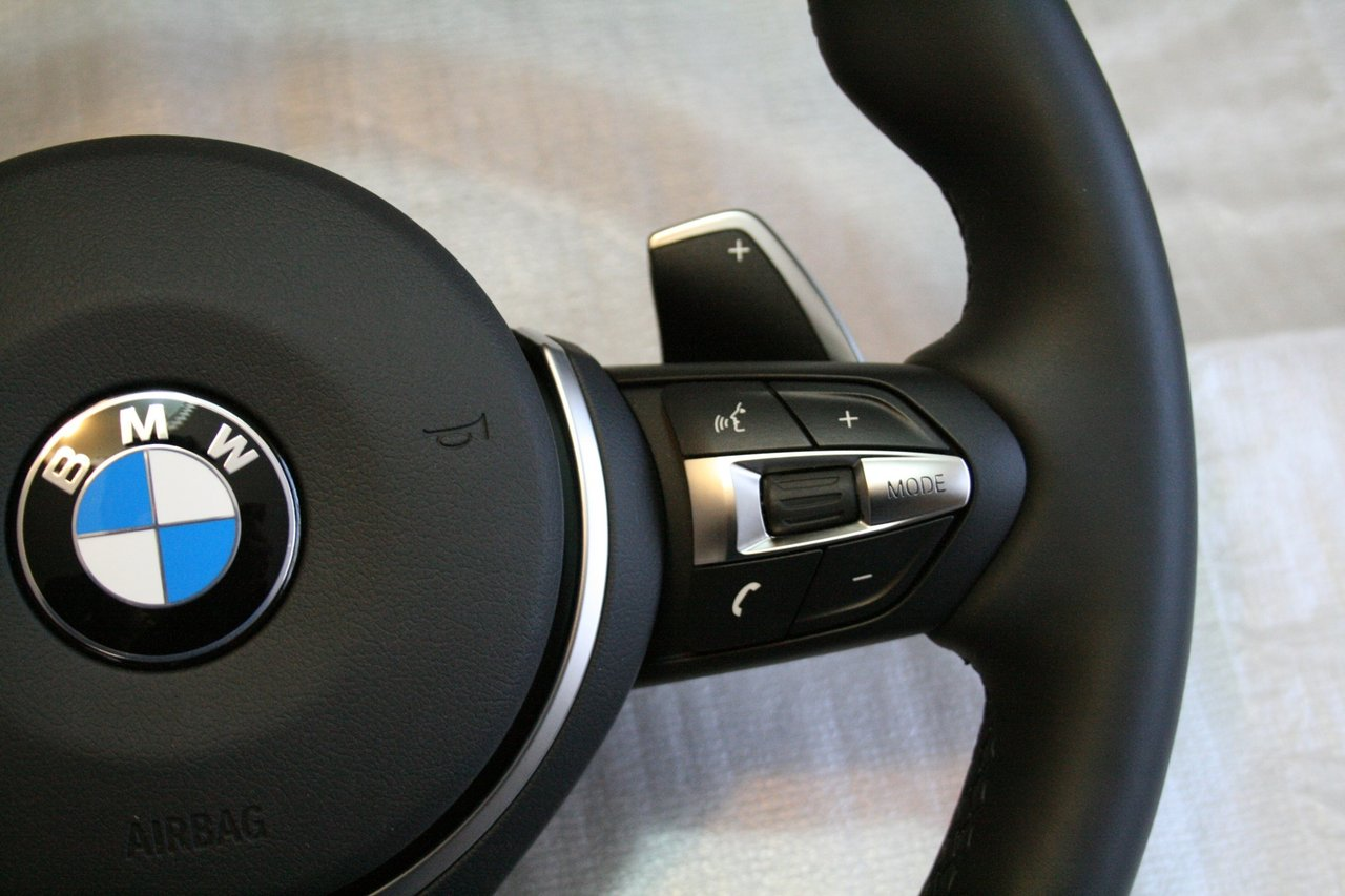 Bmw Z8 Steering Wheel 2002 Bmw Z8 Roadster Black Steering