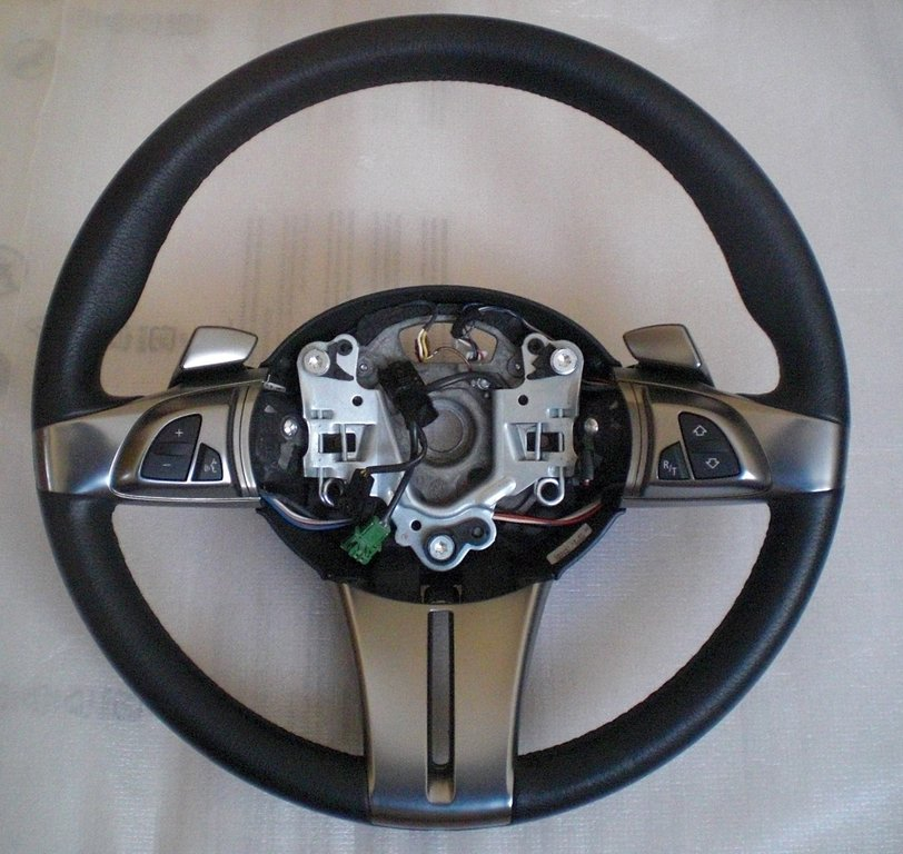 Bmw Z8 Steering Wheel: Sports Leather Steering Wheel With Shift Paddles- BMW Z4